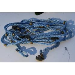 Collier bracelet bleu clair