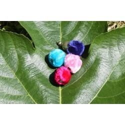 Lot de 4 pompons ronds fushia, rose, bleu, ou bleu marine