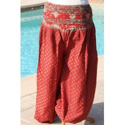 Pantalon fluide.